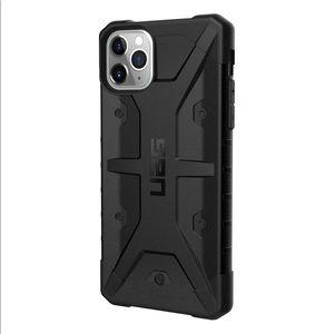 UAG Pathfinder iPhone 11 Pro Max Case